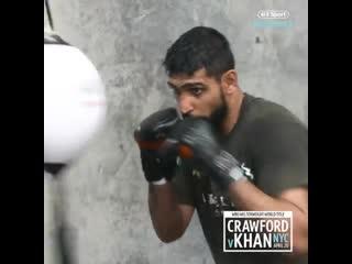 🎬Амир Хан продолжает свою подготовку к важному бою в карьере против Теренса Кроуфорда🥊