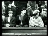Carlitos no Teatro (A Night in the Show, 1915) - Charles Chaplin