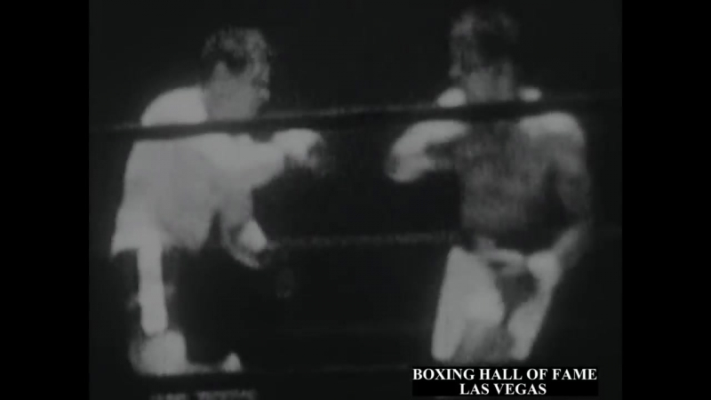 Sugar Ray Robinson Loses to Joey Giardello June 24 1963