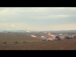 Масштабные кадры стрельбы РСЗО «Ураган» на полигоне Цугол в рамках маневров «Восток-2018