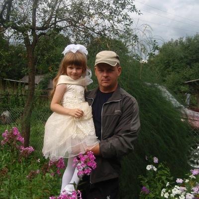 Виктор Михайлов, 6 сентября 1977, Новоржев, id201553269