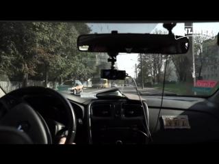 Как реагируют водители на учебные автомобили