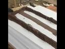Ещё один способ нанесения клея на лист пенопласта перед его приклейкой на фасад дома