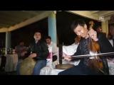 Muhiddin Usmonov & O`zbek sozandalari 'Kurtlar Vadisi Pusu' filmidagi musiqani ijro etmoqdalar 2.mp4
