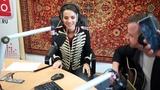 Natalia Oreiro singing Me muero de amor (Russian version) - Radio Comedy, Moscow - 7.6.2018