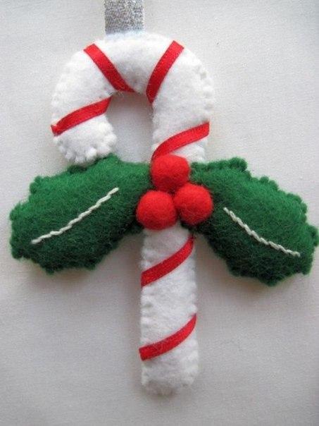 Новогодние игрушки из фетра (6 фото) - картинка