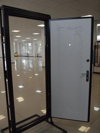 установка входной двери в рошале