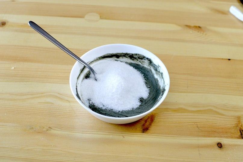 Солевой скраб для тела с голубой глиной