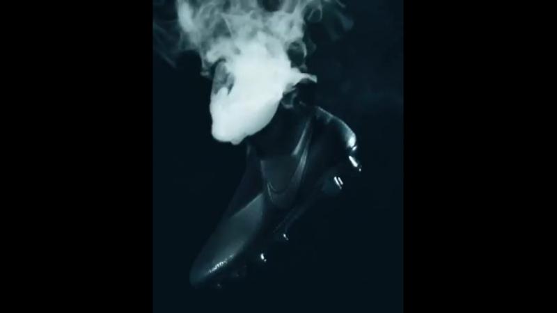 DesperteOPhantom ▲👀 Minha mais nova Phantom Vision está disponível agora no Nike.com/bootroom AwakenThePhantom ▲👀 My all new