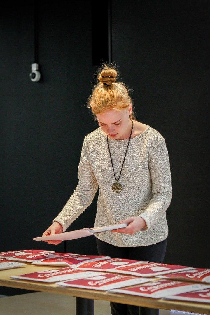 Школьница из Таганрога вышла в финал Всероссийского чемпионата по чтению вслух «Страница 18»