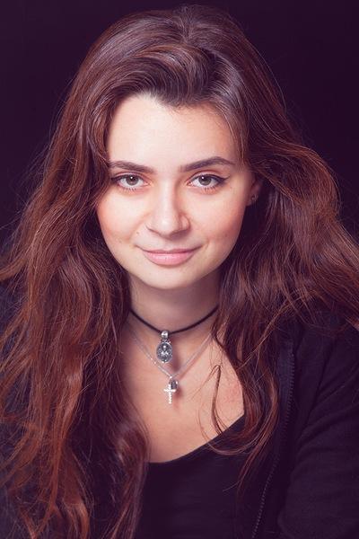 Анна Ванеева