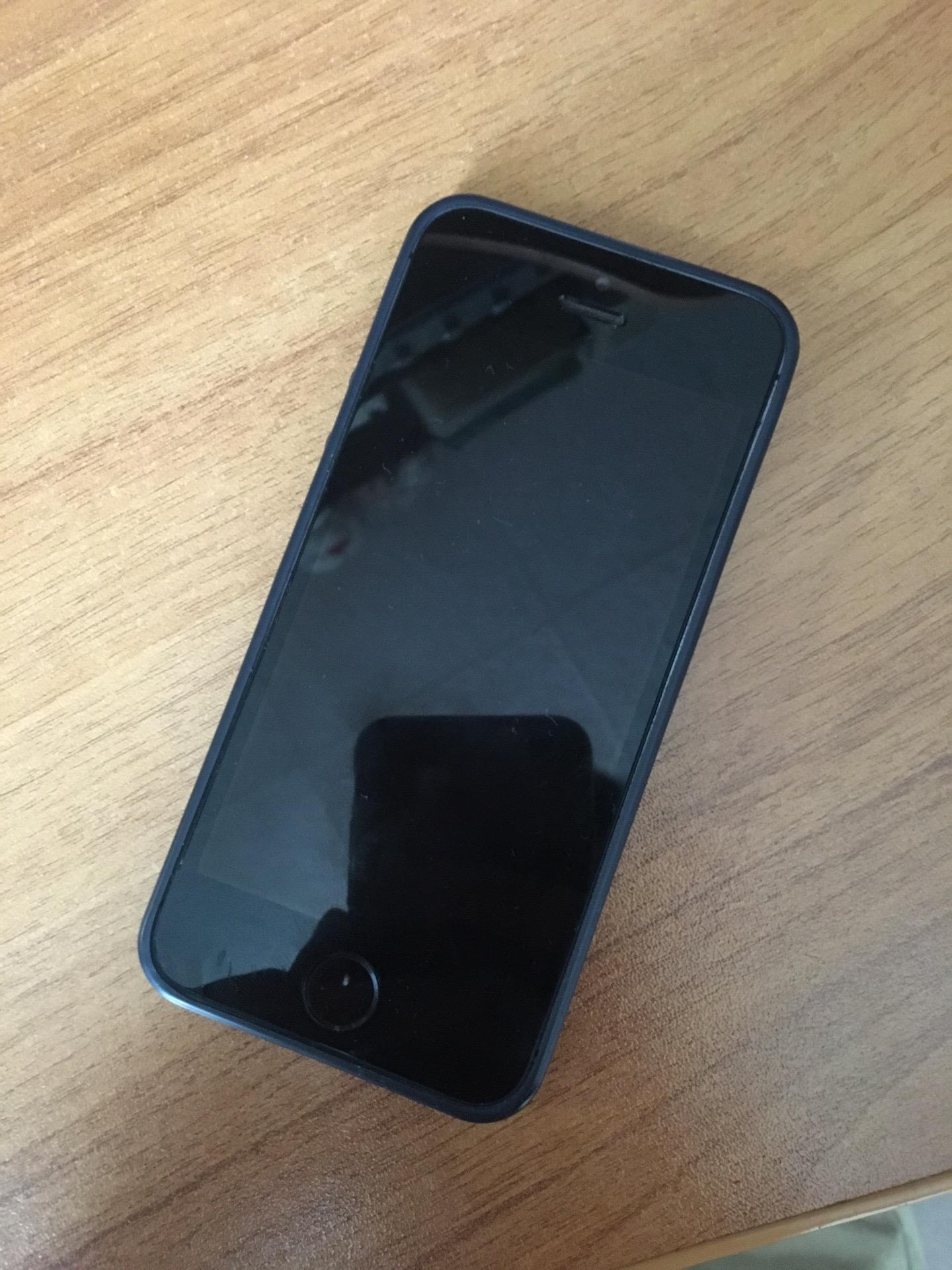 Купить iPhone 5s , коробки нет , зарядки нет , | Объявления Орска и Новотроицка №1732