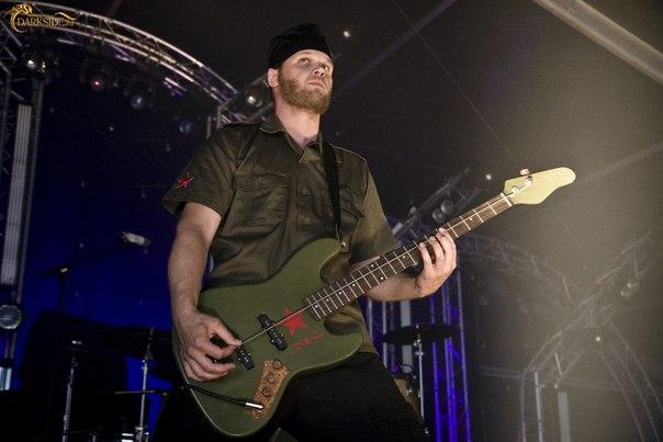Как начать играть на бас гитаре - wikiHow