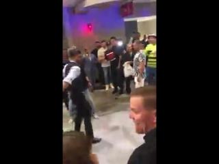 Фанаты Конора и Хабиба устроили драку после боя