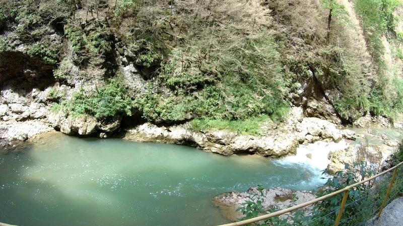 Новомихайловский Экскурсия на поезде Гуамское ущелье Река Курджипс