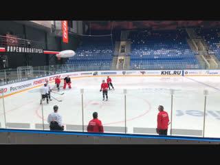 Утренний лёд перед вторым матчем с «Адмиралом» — прямой эфир