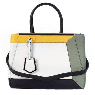 Все модели сумок - только из последних мировых коллекций моды.  Обновления каждую неделю.