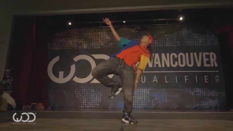 Супер танец World of Dance в Ванкувере. Парень танцует как робот.