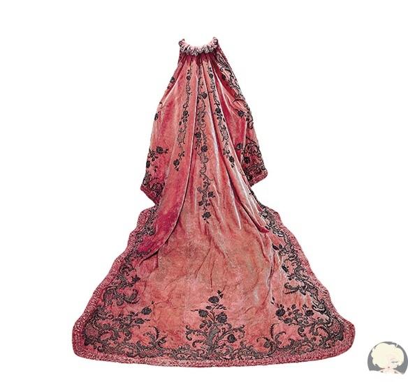 Одежда Амалии Орлеанской, королевы Португалии