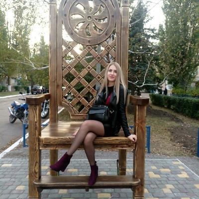Елена Акатьева