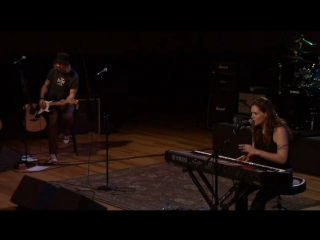 Beth Hart - Leave The Light On (Live)