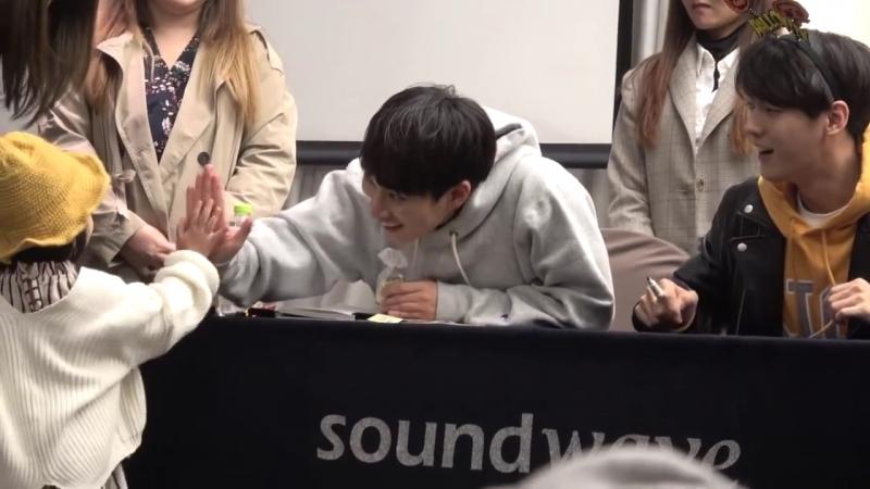 [FANCAM] 26.10.2017: BTOB на фансайне в Soundwave Yeongdeungpo (Фокус на Ынквана и Минхёка)