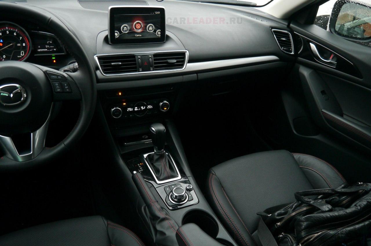 Mazda3 2014 интерьер, торпеда, магнитола
