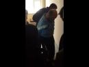 Полицаи РФ взломали дверь и силой увели отца двух дочек