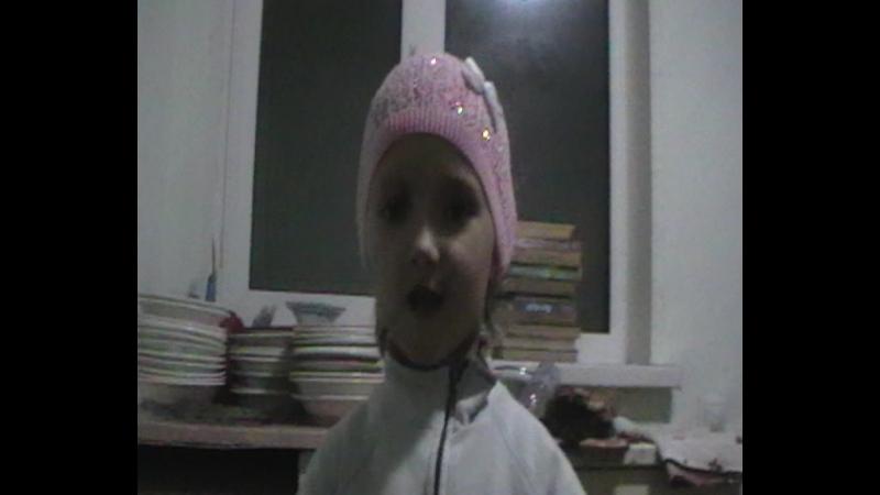 1 Экология глазами детей репортаж из Соль Илецка Маленькая Танюша расскажет о том как надо разделять мусор Автор видео Галиу