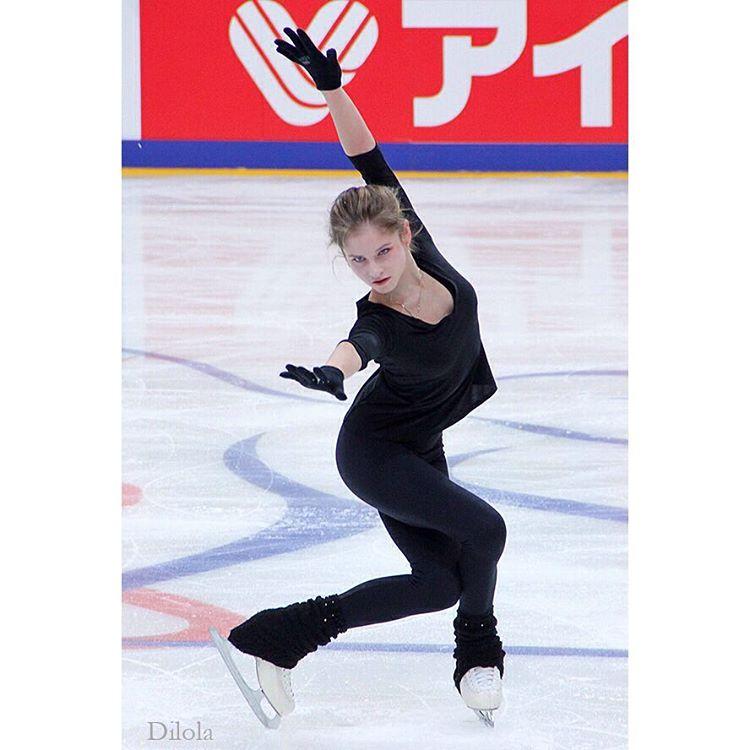 Юлия Липницкая - 5 - Страница 2 Wy-jmrVh70k