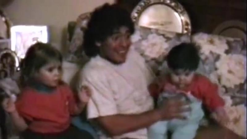 Diego Maradona - La Mano de Dios (Maradona by Kusturica) Full HD.mp4