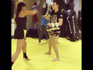 тайский бокс...девушки