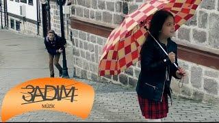 Ebrulimuharrem - Yağmur Yağar İnceden ( Official Video )