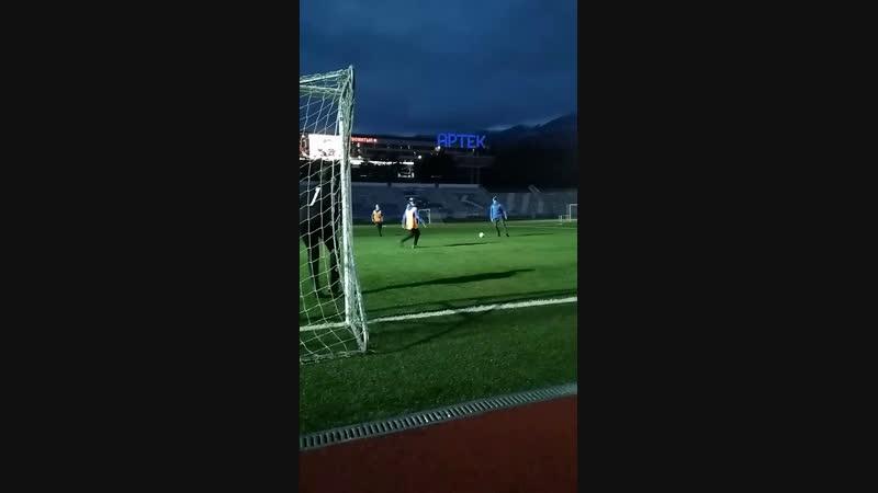 Играем в футбол