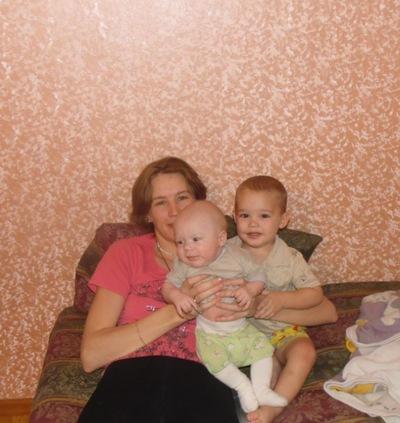 Анюта Глазкова, 24 апреля 1987, Уфа, id26614162