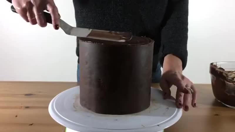 Как выровнять торт кремом ганаш