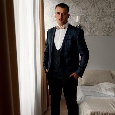 Денис Вихляев