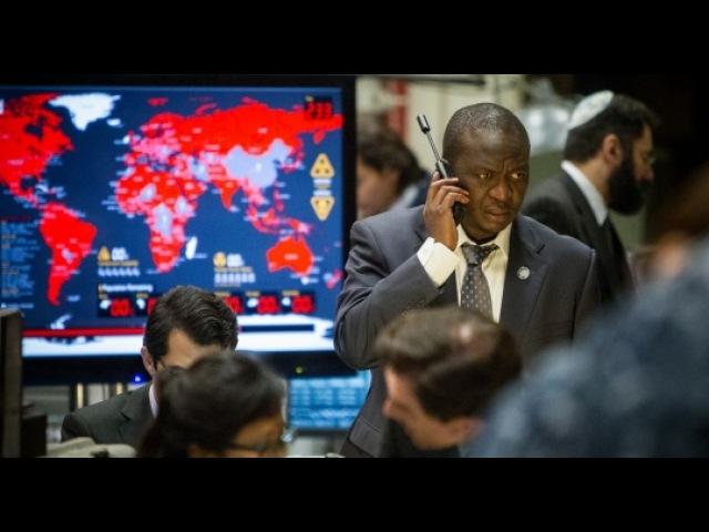 Война миров Z Видеорепортаж с московской премьеры фильм полностью djqyf vbhjd z 2013 война миров 201