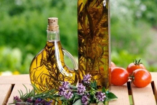 Настоящая итальянская паста, оливковое масло, соусы и уксусы