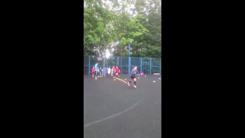 тренировочные занятия по футболу команды Свобода