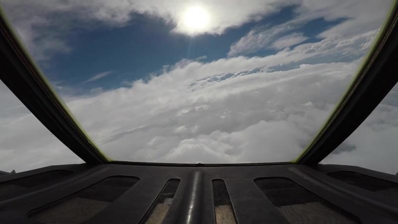 Полет внутрь тропического урагана Флоренс на исследовательском самолете NOAA мини фильм 12 09 2018