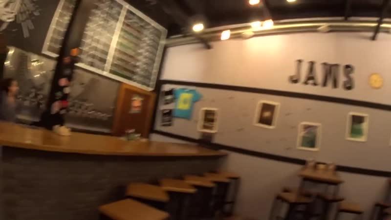 [Denis LeadER TV] Обзор крафтового пива в Jawsspot — БУХЛОБЗОР 3 (VLOG)