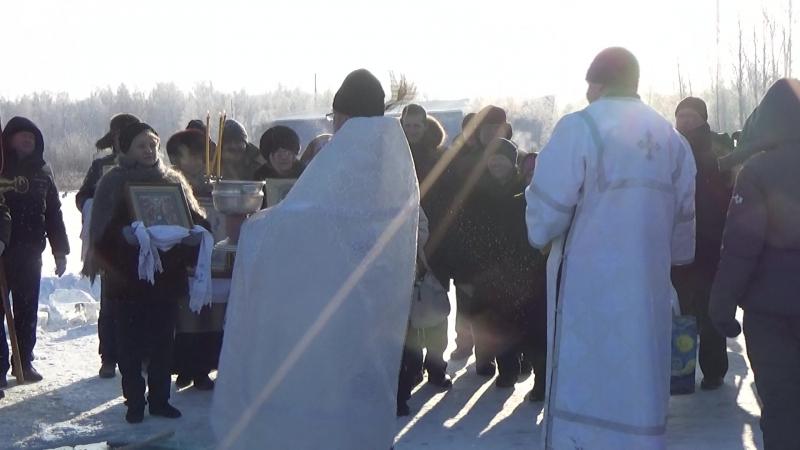 Великое освящение Иордани на о. Сугояк. Крапление святой водой.
