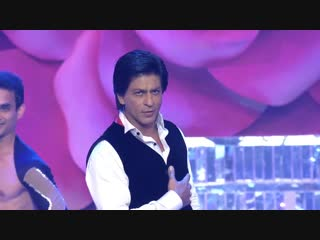 SRK, Karisma, Katrina _u0026 Anushkas Tribute to Yash Chopra at Zee Cine Awards 2013