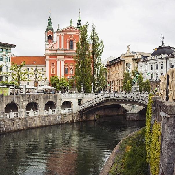 Авиабилеты в Словению (Любляна) от 12300 рублей туда-обратно из Москвы