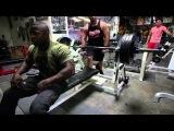 Майк Рашид , Биг Роб делают жим 150 кг на 100 повторений