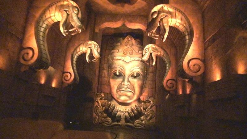 Indiana Jones Adventure (Chamber of Earthly Riches) Disneyland