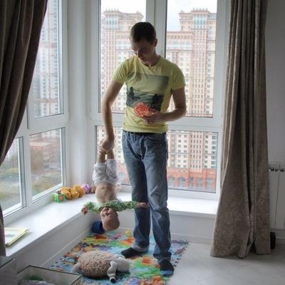 Александр Сутормин
