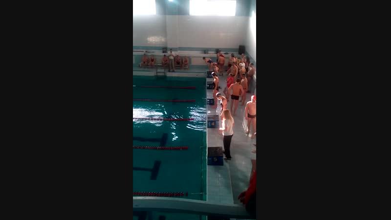 Эстафета плавание Вытянули первое место