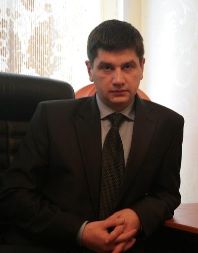 Дмитрий Мельник